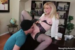 Professor Hartley has seduced a young student to do cunnilingus
