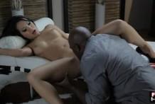 Black man licks asian cunt
