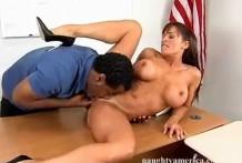 Negro licks pussy teacher