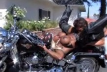 Eating cunt black biker chick