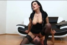 Depraved mom Marta pick up a guy for facesitting
