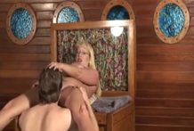 Milf's masturbation and cunnilingus orgasm