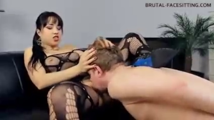 Squirt dildo strap on ejaculating real